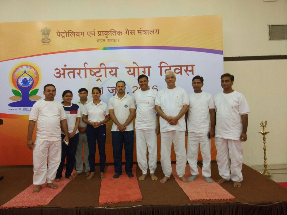 Employees of PPAC with the faculty and Yoga instructors at Mass Yoga demonstration of MoPNG at Constitution Club Photo Gallery